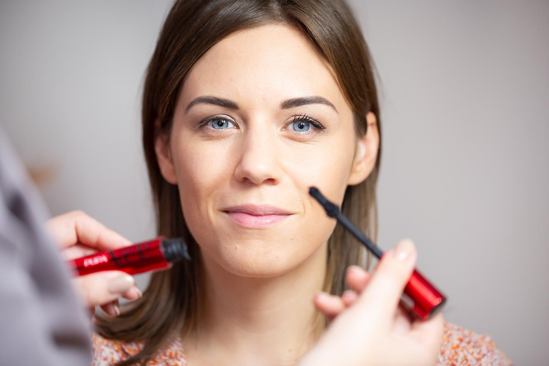 Make-Up Advies bij Schoonheidssalon Sense for Beauty Zegge