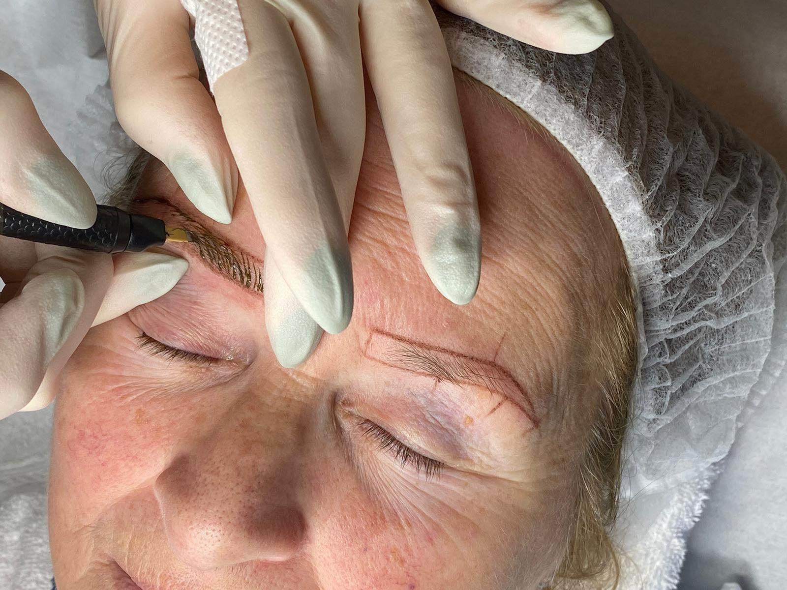 Microblading wenkbrauwen voorbeeld bij Schoonheidssalon Sense for Beauty Zegge